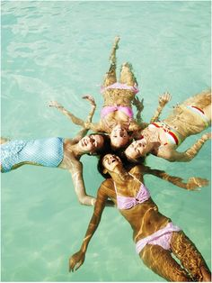 Every year our Bunko group does a fun group shot in Florida, I think this year we will do this one!!!