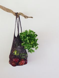 Crochet string bag - how to make your own : perfect for plastic-free living