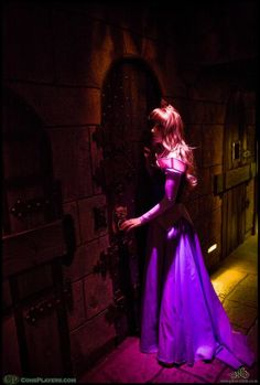 She walked right out of a dream. A heartbreakingly beautiful Sleeping Beauty cosplay. - 10 Sleeping Beauty Cosplays