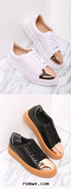 Contrast Round Toe Rubber Sole Sneakers