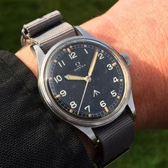 """""""Super rare all original British Military issued Omega RAF watch with original radium 'thin arrow' dial from 1953 today.  #omega #militarywatch #raf…"""""""