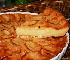 A comer y a callar: TARTA DE MANZANA CON THERMOMIX Apple Recipes, Sweet Recipes, Cake Recipes, Dessert Recipes, Thermomix Desserts, Köstliche Desserts, Delicious Desserts, Fast Easy Meals, Sweet Tarts