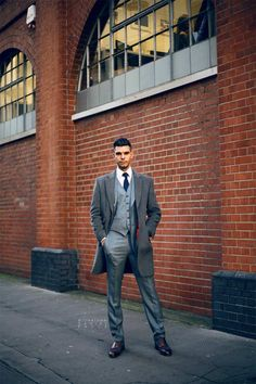 How to photograph men's street style
