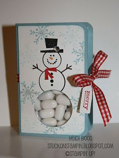 Snowman kisses. Very cute. I think I could do without all the stamping up tools... Save for next Christmas or maybe make some this summer ;-)