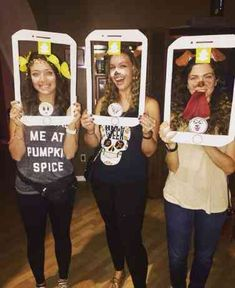 The 50 Best Trending (And Most Outrageous!) Halloween Costume Ideas Of 2017 Halloween Costumes For Work, Holiday Costumes, Family Halloween Costumes, Halloween Kostüm, Holidays Halloween, Couple Halloween, Snapchat Filter Halloween Costume, Snapchat Costume, Snapchat Filter Costumes
