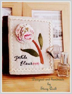 Zakka style needle book digital pdf sewing pattern available in my Etsy   www.pinterest.com/pin/find/?url=http%3A%2F%2Fwww.etsy.com%2Flisting%2F163657840%2Flittle-flower-decorative-needle-book%3Fref%3Dlisting-shop-header-0