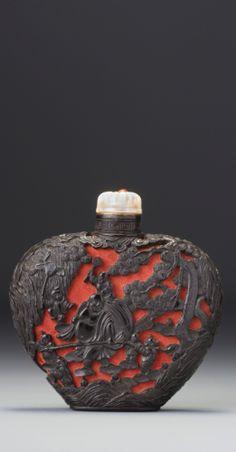 snuff bottles ||| sotheby's hk0519lot6qlx4en