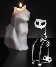 PyroPet Candle, A Cat-Shaped Candle That Reveals a Metal Skeleton As It Melts