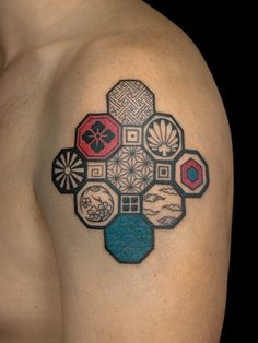 #kamon_tattoo #hexagon_pattern_tattoo #japanese_tattoo
