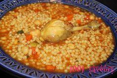 AÏch ou Berkoukes au poulet (plombs à l'algérienne) Ramadan Recipes, Couscous, Chana Masala, Cooking Recipes, Mille, Vegetables, Ethnic Recipes, Food, Lebanese Cuisine