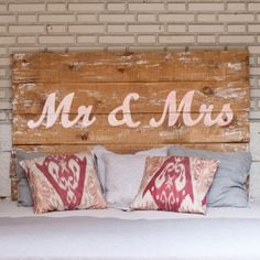 Stenciled onto fabric covered headboard maybe? Love Home, My Dream Home, Mr Natural, Old Barn Wood, Pallet Designs, Dream Baby, Pallet Art, Wood Patterns, Beautiful Bedrooms