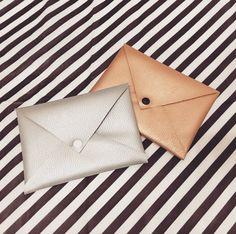 DIY: leren tasje zonder naaimachine + een cadeautje!!!