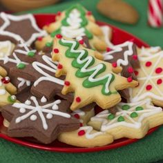 Celebrate the holiday season and National Cookie Day by baking some delicious cookies that even Santa would love. Holiday Cookies, Holiday Treats, Christmas Treats, Christmas Parties, Christmas Activities, Kids Christmas, Christmas Neighbor, Neighbor Gifts, Christmas Games