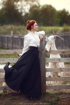 The Witch turns bad men into goats 😈 Photo - Yulia Glazkova Model, costume, MUA - Lina Groza Hairstyle - Ekateri. Witch Aesthetic, Aesthetic Fashion, Aesthetic Clothes, Look Fashion, Fashion Photo, Aesthetic Dark, Aesthetic Drawing, Aesthetic Bedroom, Modern Victorian Fashion
