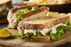 Sandwich with tuna salad from Martha Stewart - Tasty-Meals - Simple recipes for every day Tuna Recipes, Sandwich Recipes, Salad Recipes, Copycat Recipes, Healthy Tuna Sandwich, Salad Sandwich, Best Tuna Salad Recipe, Recipe Details, Brunch
