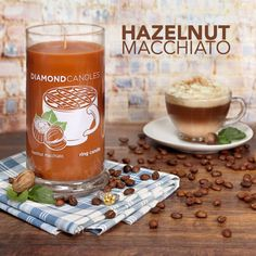 Freshly brewed hazelnut roasted coffee, creamy caramel, vanilla and rich dark chocolate create a fragrance that will warm you from the inside out.