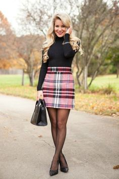 red plaid a line skirt black turtleneck sweater black tights black heels pumps winter work wear Pantyhose Outfits, Black Pantyhose, Black Tights, Black Heels, Nylons Heels, High Heels, Skirt Outfits, Sexy Outfits, Cool Outfits