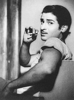 The Legendary Shammi Kapoor-- Finest of his time.