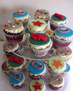 Rock climbing cupcakes