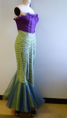 my Mermaid costume | Flickr - Photo Sharing! ~ http://www.flickr.com/photos/minicoops/3119801828/