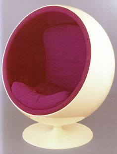 """Globe"" chair, designed by Eero Aarnio, 1965. Too Grooy :)"
