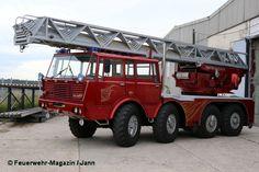 Mercedes Sprinter, Vw T4, Fire Engine, Fire Department, Big Trucks, Motor Car, Firefighter, Police, Automobile