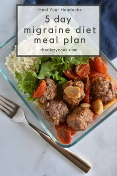 Looking for a migraine diet meal plan? This Heal Your Headache 5 day plan for two people covers all meals and snacks for migraine relief. Headache Diet, Migraine Diet, Migraine Relief, Headache Remedies, Migraine Pain, Headache Symptoms, Chronic Pain, Fibromyalgia, 5 Day Meal Plan