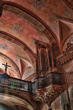 Igreja de Nossa Senhora do Carmo, Porto.