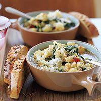 Kal-iflower Stoup Goulash, Kale Soup, Soup And Salad, Soup Recipes, Healthy Recipes, Onion Recipes, Chili Recipes, Potato Recipes