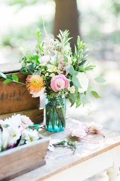 Behind-the-Scenes of Our Bohemian Backyard Festival | bohemian inspired dinner parties | outdoor dinner party ideas | how to decorate for an outdoor dinner party | outdoor dining tips | how to host an outdoor dinner party || Glitter, Inc.
