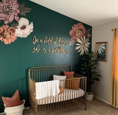 baby girl nursery room ideas 379428337358775260 - CHAMBRE BÉBÉ Source by mmapau Nursery Signs, Nursery Wall Decor, Baby Room Decor, Room Baby, Garden Nursery, Accent Wall Nursery, Rustic Nursery, Baby Room Themes, Whimsical Nursery