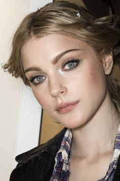 Jessica Stam is listed (or ranked) 15 on the list Famous Girls Who Look Like Dolls Jessica Stam, Lisa Kelly, Kelly Lebrock, Famous Girls, Famous Women, Cute Woman, Pretty Woman, Beauty Makeup, Hair Beauty