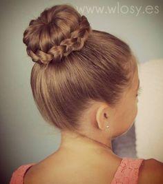 fryzura na komunię