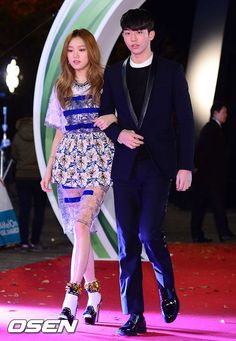 Lee Sung Kyung with Nam Joo Hyuk @ 141113 Melon Music Awards!