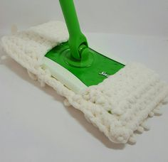 One cream loopy swiffer cover.  Can be used dry or wet. I personally love these covers.  I love the way they clean my floors, we have laminate flooring. These covers glide across very very nicely. They dont leave steaks on my floor. I like them better than the wet covers that are for the swiffer. And you can wash and reuse!  Never used. Made in smoke free home.  **This product is not licensed and I am not affiliated with nor sponsored by the licensing company in any way. This product is sold…
