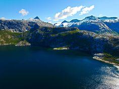 Børvasstindene Sett Ovenfra Elvefjorden     http://www.tursiden.no/borvasstindene-sett-ovenfra-elvefjorden/
