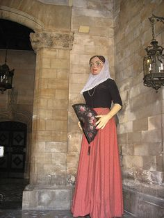Traditional dressed figures    Palma de Mallorca