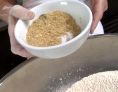 naturally delicious | Veria-Meatless Mondays: Homemade Seitan
