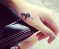 OMGGGGGGG UNICORN TATTOO!!!!!!!!