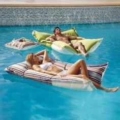Luxe Edition Kai Floats