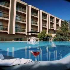 Ramada Victoria Hotel