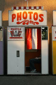 I WANT A photobooth