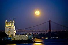 Super Moon pictures- here a stunning picture from Emanuel Lopes: Torre de Belem, Lisbon Belem Portugal, Spain And Portugal, Visit Portugal, Beautiful Moon Images, Beautiful World, Beautiful Places, Amazing Places, Beautiful Pictures, Algarve