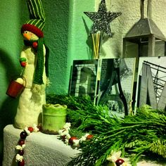 Photo by sheilajopiano.  Christmas Green.