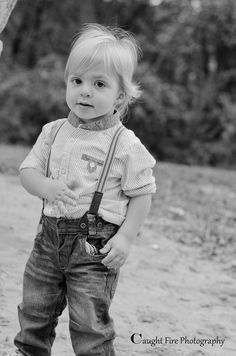 Children and babies Fire Photography, Boy Photography Poses, Learn English Grammar, Taking Pictures, Toddler Boys, Hipster, Portraits, Passion, Long Hair Styles