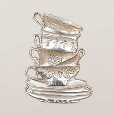 Pewter tea cups by Hilary Levitt at Sandy Griffith art class Tin Foil Art, Aluminum Foil Art, Tin Art, Aluminium Foil, Pewter Art, Pewter Metal, Soda Can Crafts, Metal Embossing, 3d Craft