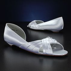I will need some pretty flat wedding shoes someday!