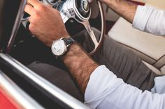 A. Lange & Söhne et le Concorso D'Eleganza : Automobiles et montres Automobile, Nice Watches, Leather, Best Watches, Car, Fine Watches, Motor Car, Autos, Cars