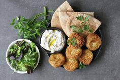 This classic Mediterranean recipe ticks all the boxes for the warmer months! Dip thefalafel balls in fresh Greek yoghurt mixed with some spices to make it the perfect snack for a girls night or BBQ!:) Ingredients (makes 6 falafel balls):Falafel:250g tinned chickpeas, drained and rinsed½ lemon, juiced1 small handful fresh parsley, roughly chopped1 garlic clove, crushed½ tsp ground cumin½ tsp ground coriander2 tbsp wholemeal flourSalt and pepper, to taste1 tbsp olive oilYoghurt Dip:100g…