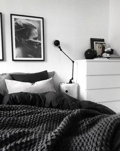 35 Awesome and Gorgeous Bedroom for Beautiful Girls – Page 13 of 35 35 Awesome and Gorgeous Bedroom for Beautiful Girls bedroom, pink and white bedroom, bedroom design for girls Monochrome Bedroom, Gray Bedroom, Modern Bedroom, Bedroom Inspo Grey, Black And Grey Bedroom, Bedroom 2017, Mirrored Bedroom, Black Bedrooms, Bedroom Simple